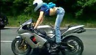 Bayan Motorcudan Otoban Şov