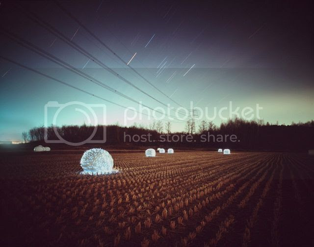 photo LightInstallationsbyLeeEunyeol-3_zps87bf1c60.jpg