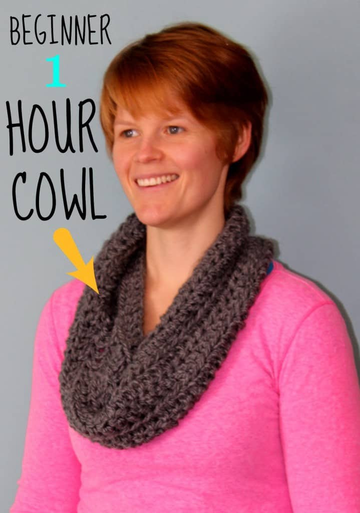 How to Crochet a Beginner 1 Hour Cowl by Fynes Designs