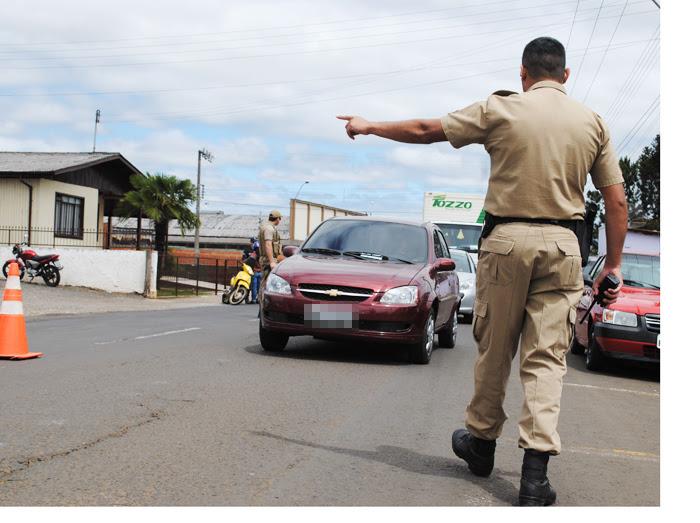 Polícia Civil prende suspeito de roubar carro em Nobres