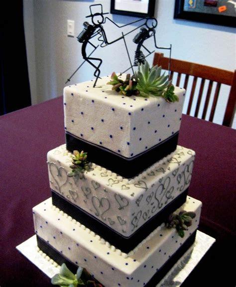 Wire hiking couple wedding cake topper   Cake   Pinterest