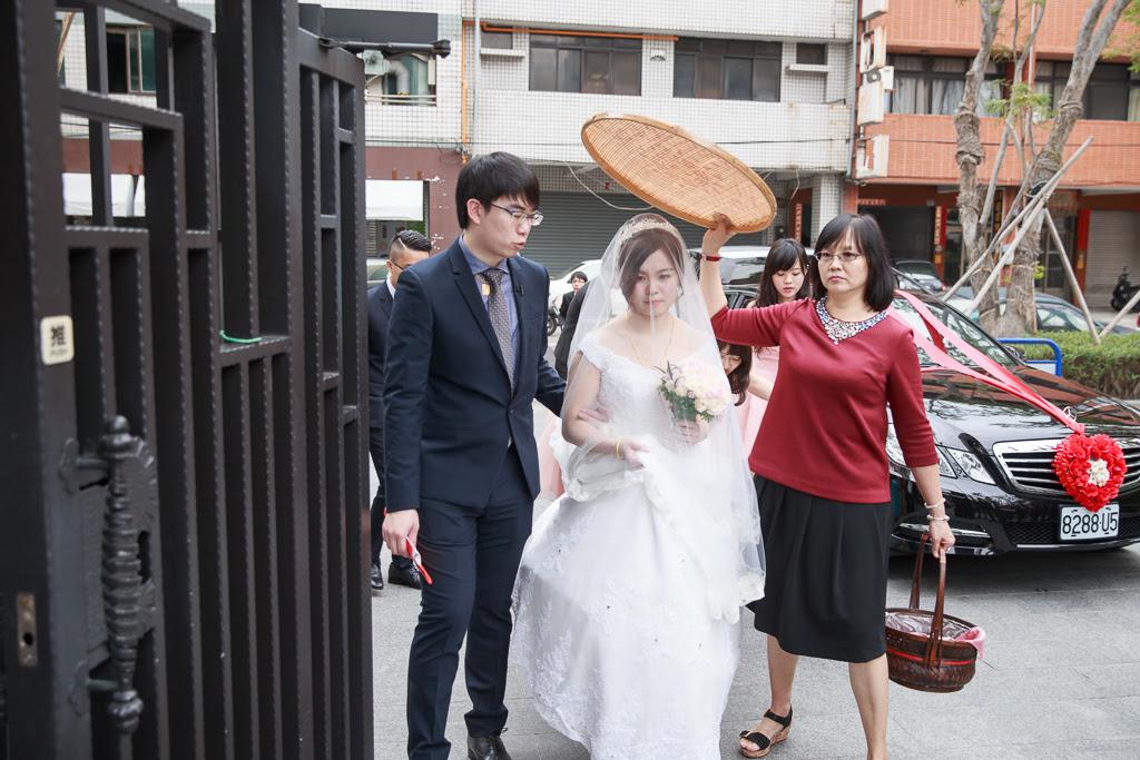台中婚攝推薦-迎娶儀式_083