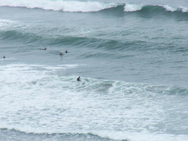 Sesión de surfing en La Triangu, Sopelana el 23 de Mayo del 2007
