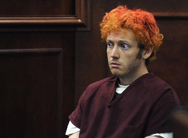 James Holmes aparece no tribunal nesta segunda-feira (23), em Centennial, no estado americano do Colorado (Foto: AP/Denver Post, RJ Sangosti, Pool)