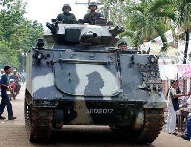 El Ejército de Filipinas adquirirá 14 vehículos blindados de transporte de personal M113 en el año 2015 para impulsar sus capacidades de apoyo de fuego. Portavoz de capitán del ejército Anthony Bacus dijo que los vehículos M113 estarán equipados con 76 mm de torretas entre otros de fuera de servicio de fabricación británica de reconocimiento Scorpion vehículo de combate (orugas) unidades.