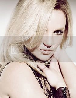 Britney Spears 'Circus' promo shot