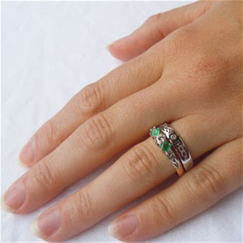 Choose our Stunning Emerald and Diamond Celtic Engagement Ring