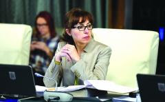 Ministru român căsătorit cu un ofiţer SUA?