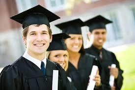 Los trabajadores con estudios universitarios ganan 46% más que los secundarios