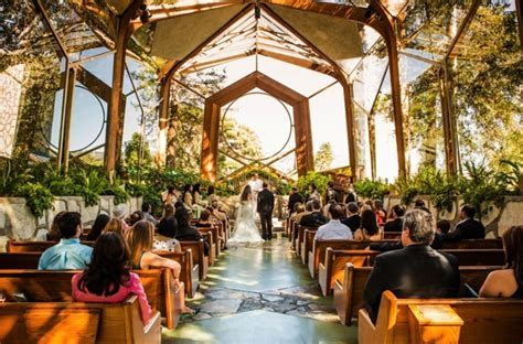 Top wedding venues: Most beautiful places around the world
