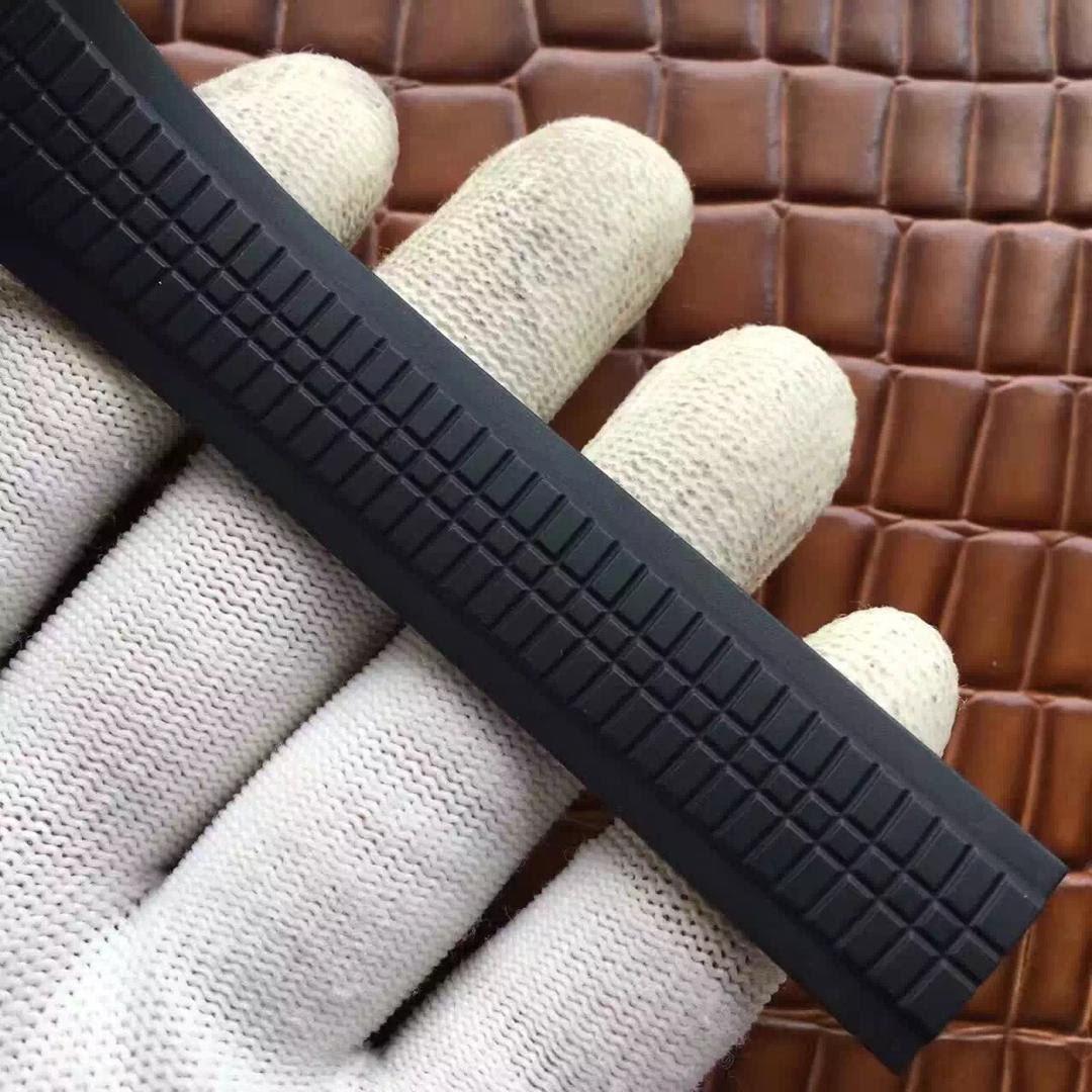 Patek Philippe Aquanaut 5167 Black Rubber Strap