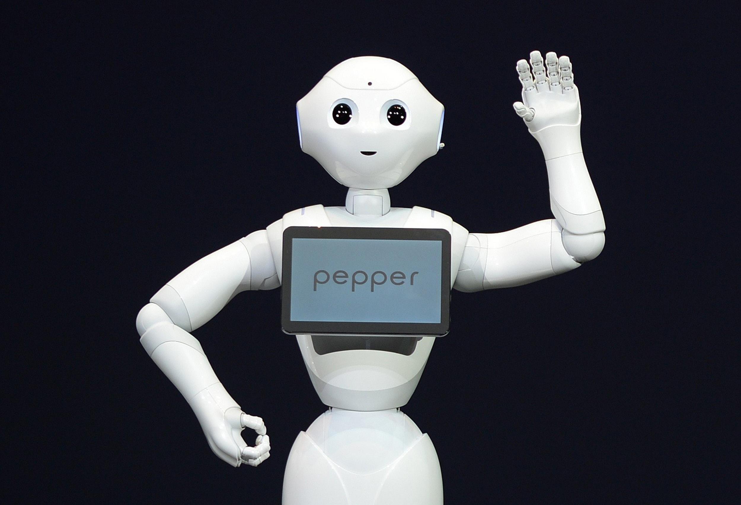 pepper, robot, enfermos, ayuda