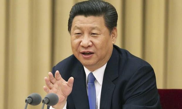 Presidente chinês Xi Jinping aborda uma reunião do partido em unir grupos de partes não-comunistas e pessoas físicas. O governo está pedindo grupos religiosos domésticos para prometer lealdade ao Estado.