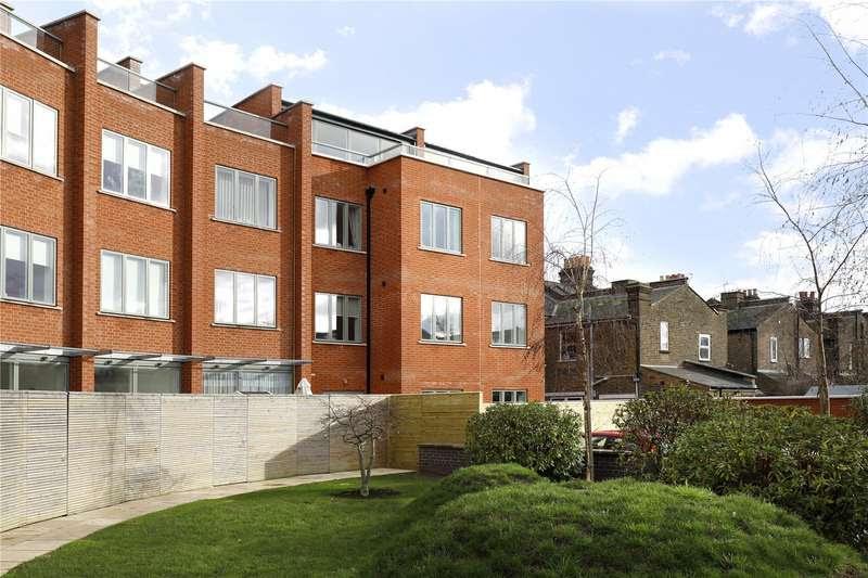 2 Bedroom Flat For Sale In Kingston Road, London, SW20 8LL