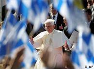 Papa Bento 16 em passagem por sua terra natal
