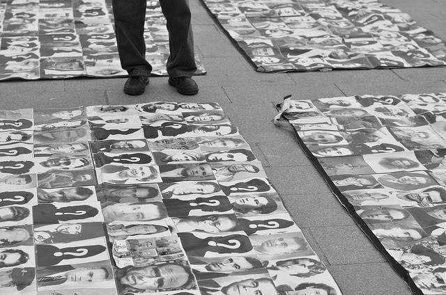 <p>Representación de las víctimas del franquismo en la Puerta del Sol. 2013</p>