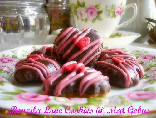 Benzila Love Cookies