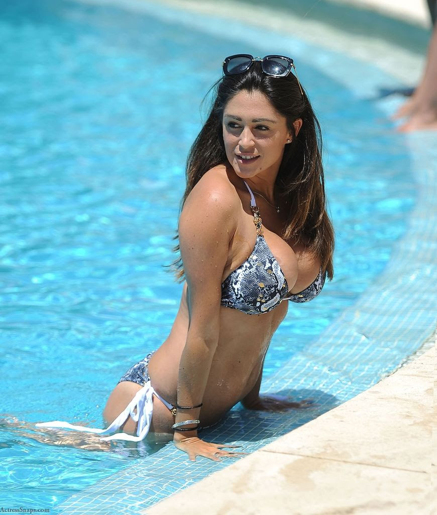 Sexy Casey Batchelor Bikini Pictures