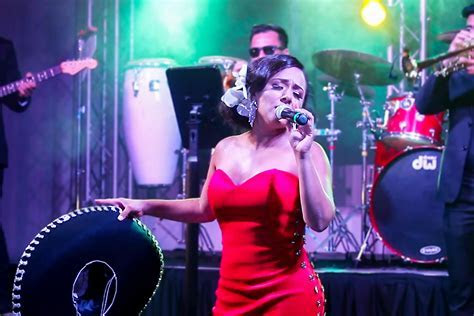 Hire Best Live Latin Wedding Band in Los Angeles