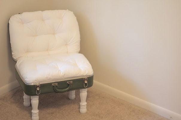 http://seekatesew.blogspot.com/2011/05/vintage-suitcase-chair.html