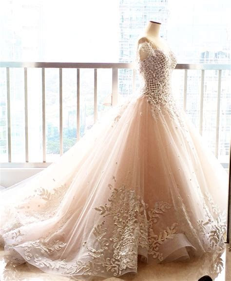 Peachy off white wedding Dress for Desiana Suwanto.. @Ritz