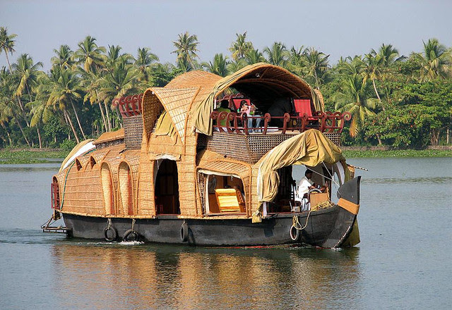 Ideas for Honeymoon and Romance in Kerala