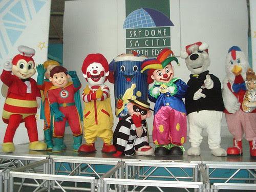 mascot parade sm north