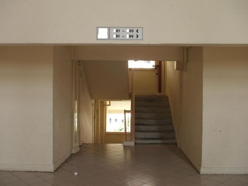 Lift Landing to Stairs