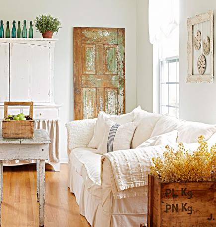 Decorating Ideas For Vintage Finds Midwest Living