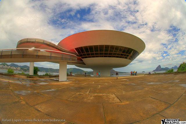 Museum-of-Contemporary-Art-Niteroi-1
