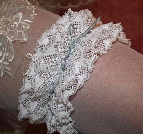 April 2011 Wedding Garter Torchon Bobbin Pattern