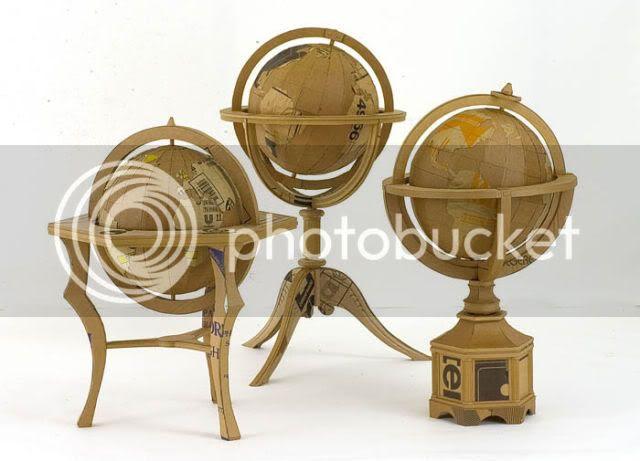http://i1127.photobucket.com/albums/l624/jexgill/astonishing_cardboard_sculptures_64-17.jpg