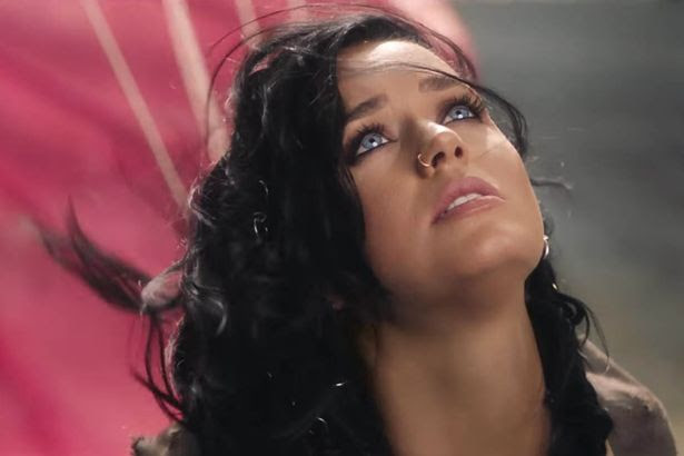 Katy Perry releases her video to 'Rise'