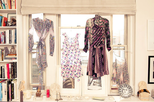 1_Fabulously Chic_The Coveteur_Tracy_Taylor, fashion design