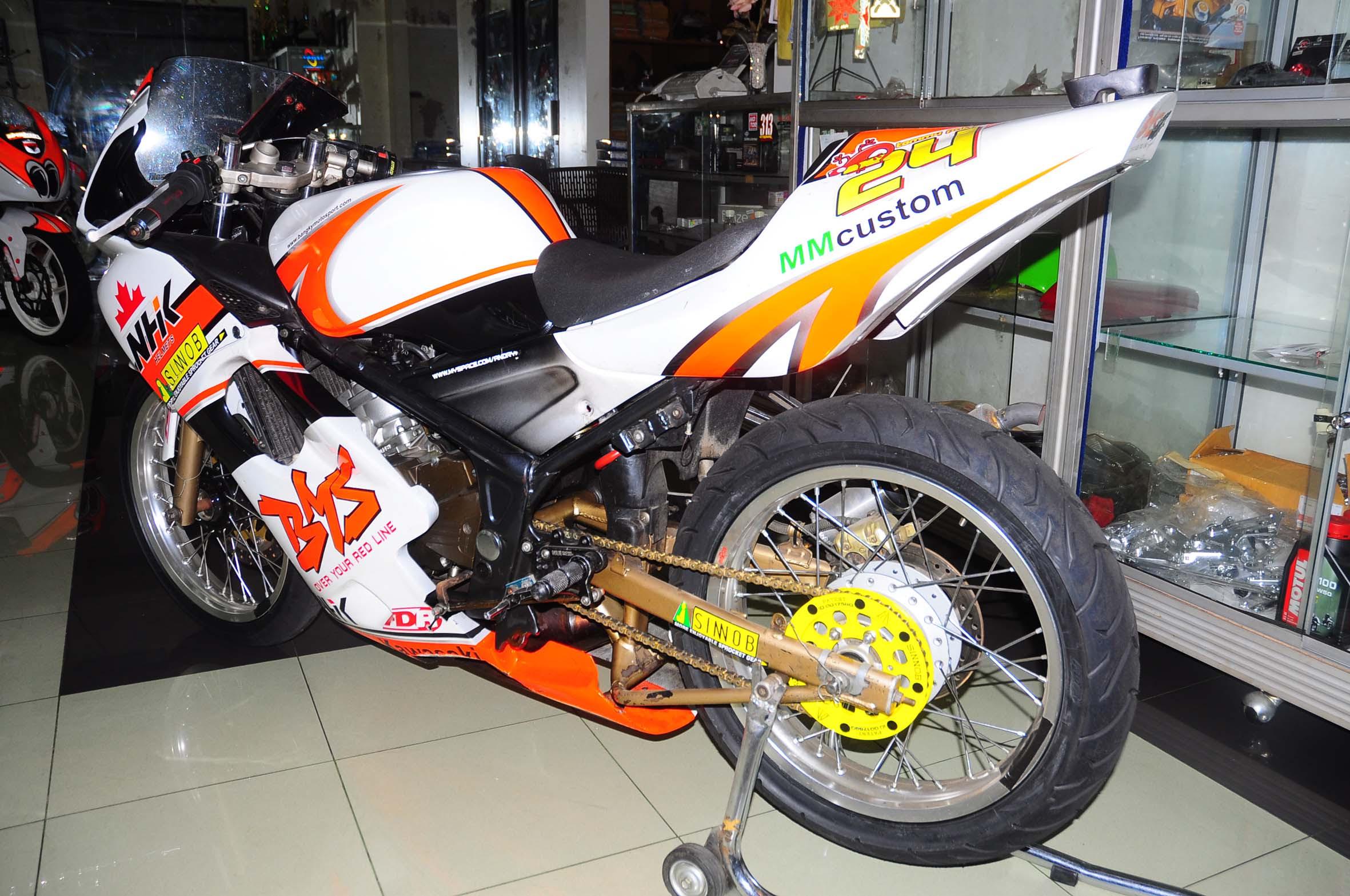 Koleksi Foto Modifikasi Motor Kawasaki Ninja 150 Rr Terlengkap