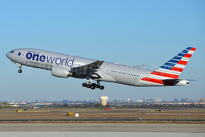 American Airlines Boeing 777-223 ER N791AN (msn 30254) (Oneworld) DFW (Brian Peters). Image: 921235.