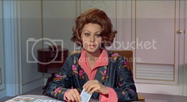 photo sophia_loren_comtesse_h_k-4.jpg