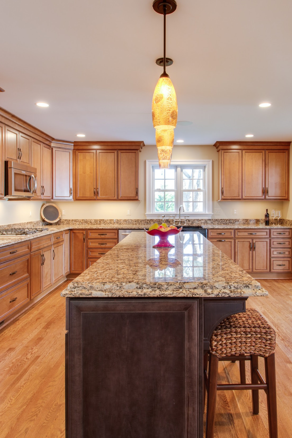 28 Inspiring Granite Countertop Colors With White Cabinets