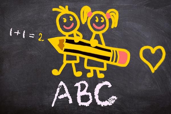 Escuela estudiantes alumnos aprender clase tomar notas apuntes escribir