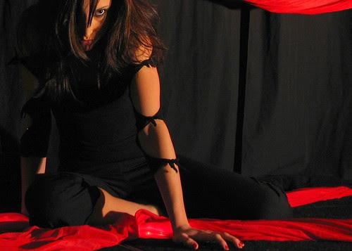 (April Perez in Elektra)