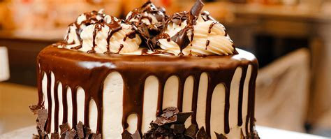 Cakes & Desserts ? Rouses Supermarkets