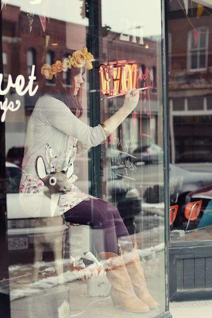 Red Velvet Shop 2