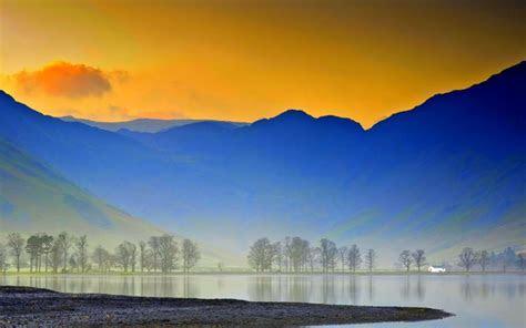 hd misty mountain lake wallpaper