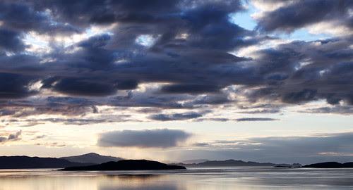 Sunset on Skye by MnicN