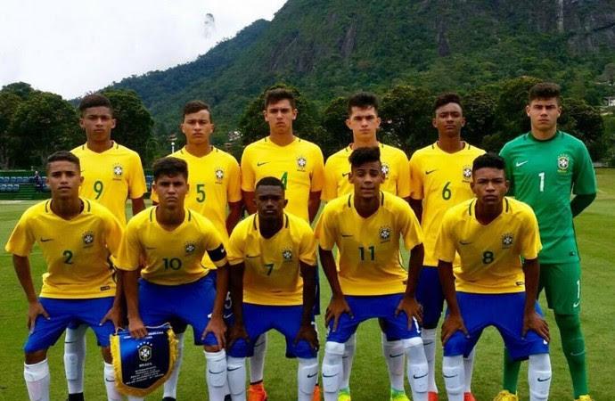 Yuri foi capitão da Seleção Brasileira Sub-15, em amistoso realizado na Granja Comary (Foto: Reprodução/Arquivo pessoal)