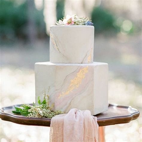 7 Elegant Hexagonal Wedding Cakes   Brides