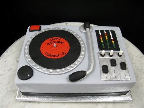 DJ Cake ? Mother Mousse