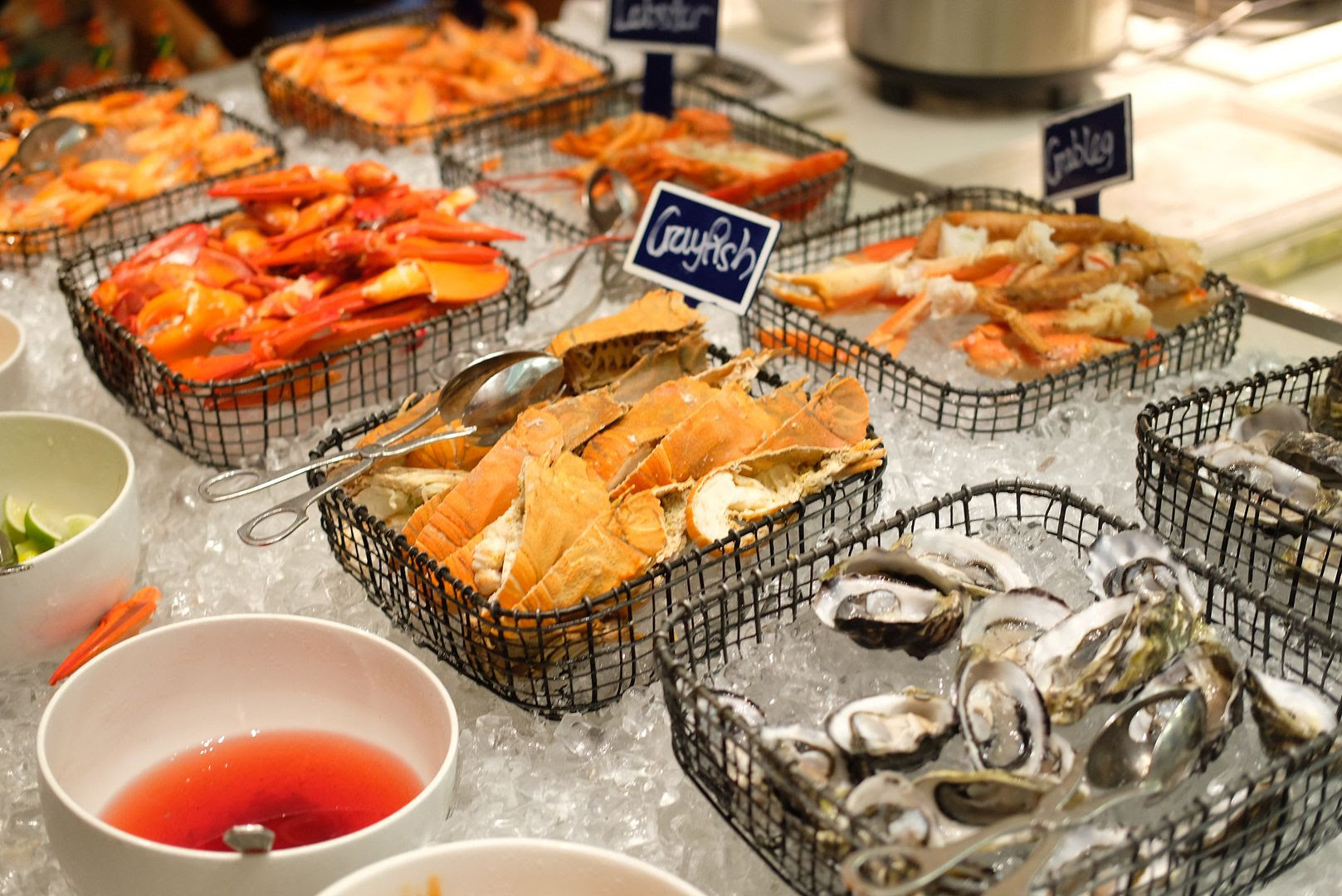 photo Marriott Singapore Dinner Buffet.jpg