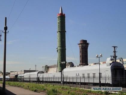 Τα τρένα με τους βαλλιστικούς πυραύλους βγάζουν οι Ρώσοι! Για ποιόν κτυπάει η Καμπάνα; - Εικόνα0