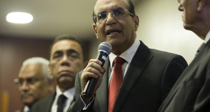 Roberto Rosario dejó JCE con deuda de RD$2,400 MM, dice Castaños Guzmán